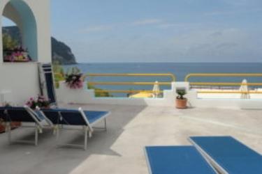 Hotel Cava Dell'isola: Terraza ISCHIA ISLAND - NAPLES