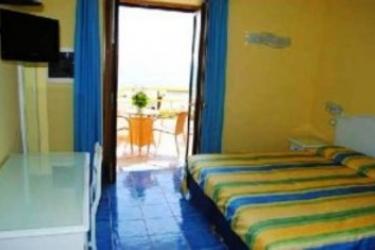 Hotel Cava Dell'isola: Doppelzimmer ISCHIA ISLAND - NAPLES