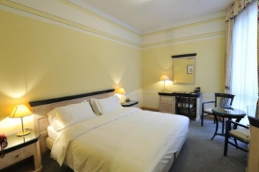 Hotel Villa Kinzica: Bedroom ISEO LAKE