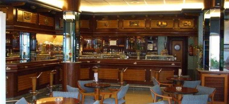 Hotel Arillo: Bar ISLA - CANTABRIA