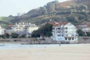 Hotel Benimar: Exterior ISLA - CANTABRIA