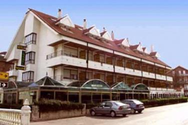 Hotel Isabel: Extérieur ISLA - CANTABRIE