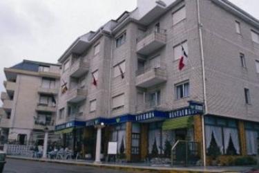 Hotel Las Rocas: Außen ISLA - KANTABRIEN