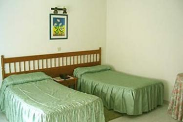 Hotel Las Rocas: Schlafzimmer ISLA - KANTABRIEN