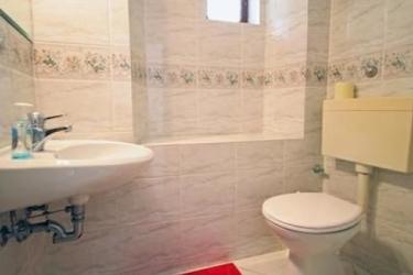 Hotel Villa Toni Natura: Bagno ISOLA DI HVAR - DALMAZIA