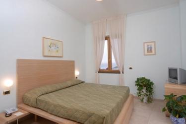 Hotel Villa Carolina: Camera Matrimoniale/Doppia ISOLA DI ISCHIA - NAPOLI