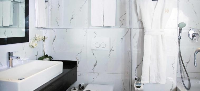 Hotel Sorriso: Bathroom ISTANBUL