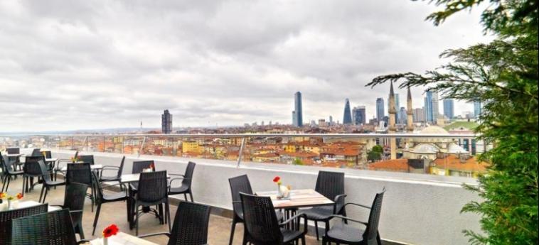 Hotel White Monarch: Terrace ISTANBUL