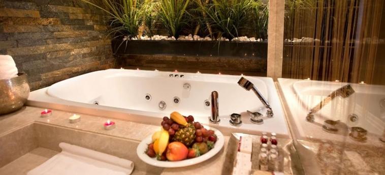 Hotel Zurich: Cuarto de Baño - Suite ISTANBUL