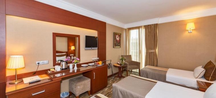 Hotel Vicenza: Habitaciòn Triple ISTANBUL