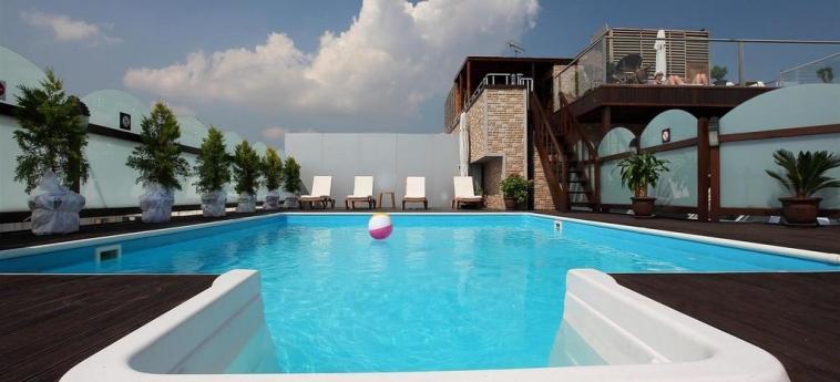 Hotel Vicenza: Piscina ISTANBUL