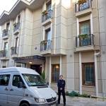 Hotel Acra
