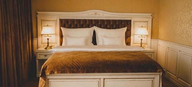 Hotel Nadiya: Camera Matrimoniale/Doppia IVANO-FRANKIVS'K