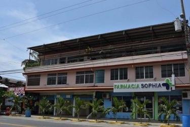 Hotel Hacienda Garcia: Esterno JACO - PUNTARENAS