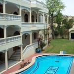 Jas Vilas Hotel