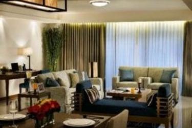 Hotel Oakwood Premier Cozmo: Ristorante JAKARTA