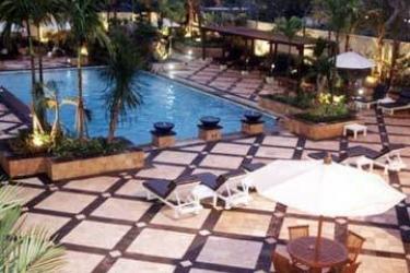 Hotel Sari Pacific Jakarta: Piscina JAKARTA
