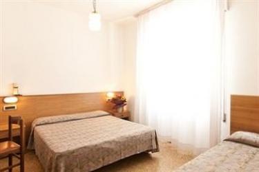 Hotel Manzoni: Veranda JESOLO - VENICE