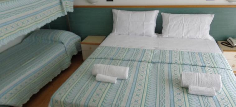 Hotel Emperador: Bunk-Bed Room JESOLO - VENISE