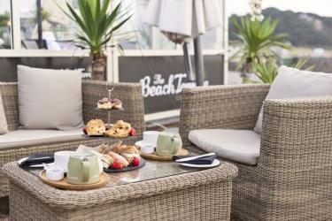 Hotel Cobo Bay: Außen Abendessen KANALINSELN