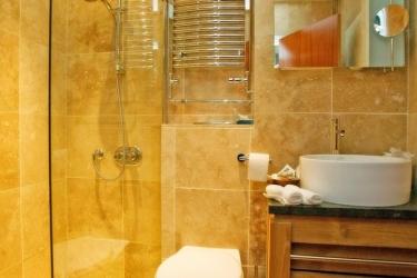 Hotel Cobo Bay: Badewanne KANALINSELN