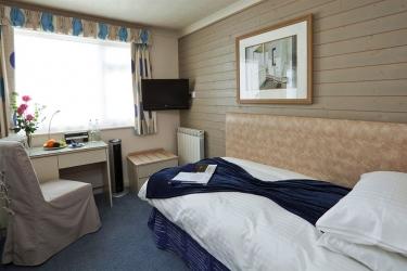 Hotel Cobo Bay: Gastzimmer Blick KANALINSELN