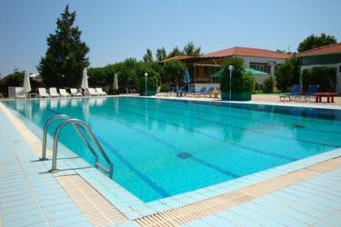 Hotel Terra Mare: Piscine extérieure KEFALONIA