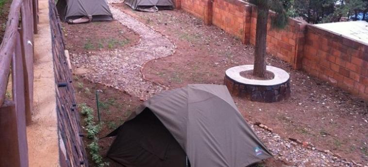 Discover Rwanda Youth Hostel: Chalé KIGALI