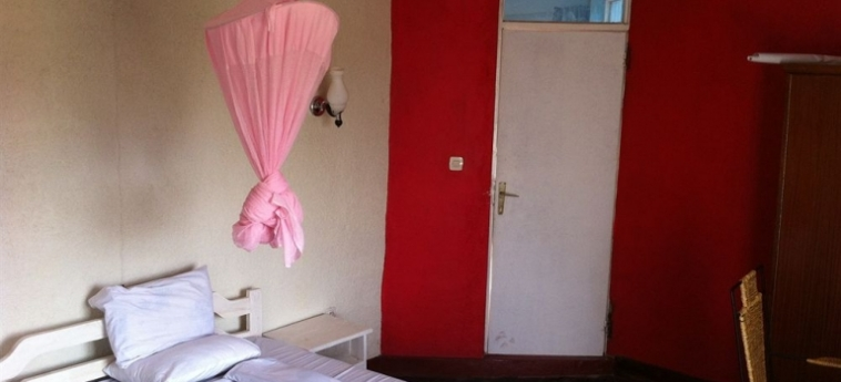 Discover Rwanda Youth Hostel: Habitación Singula KIGALI