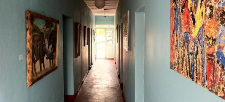 Discover Rwanda Youth Hostel: Bagno Superior KIGALI