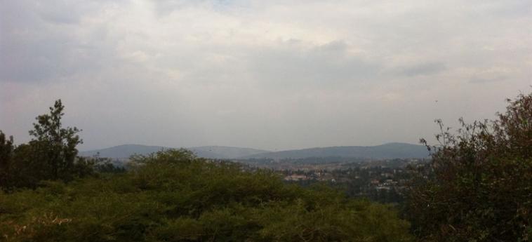 Discover Rwanda Youth Hostel: Camera Executive Junior Suite KIGALI