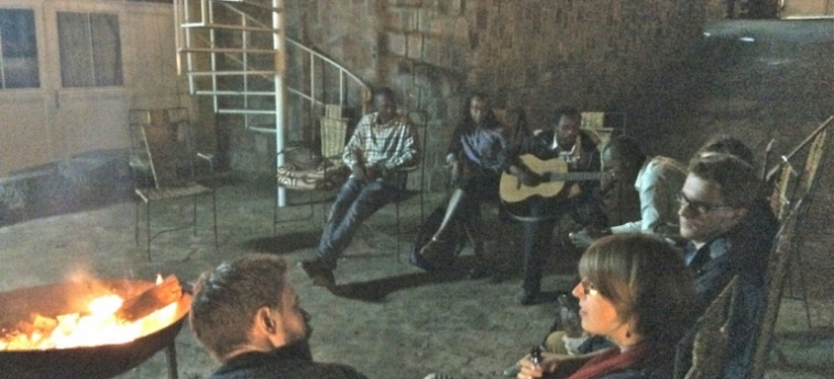 Discover Rwanda Youth Hostel: Ristorante KIGALI