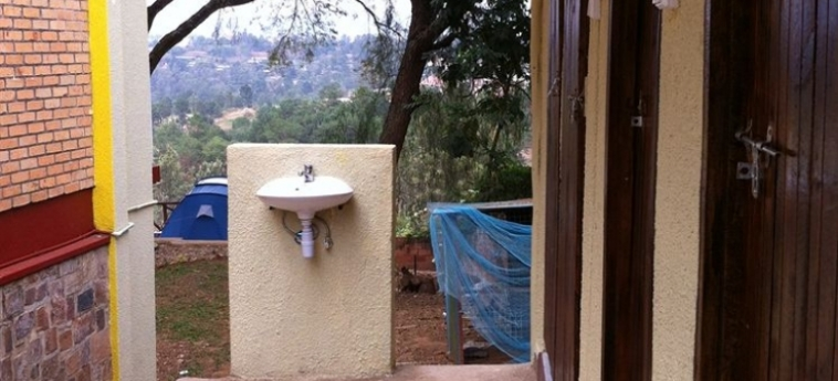 Discover Rwanda Youth Hostel: Svago KIGALI