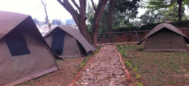 Discover Rwanda Youth Hostel: Außenschwimmbad KIGALI