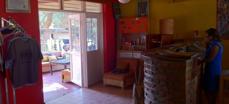 Discover Rwanda Youth Hostel: Berg KIGALI