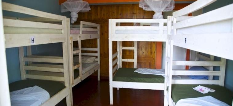 Discover Rwanda Youth Hostel: Folklore KIGALI