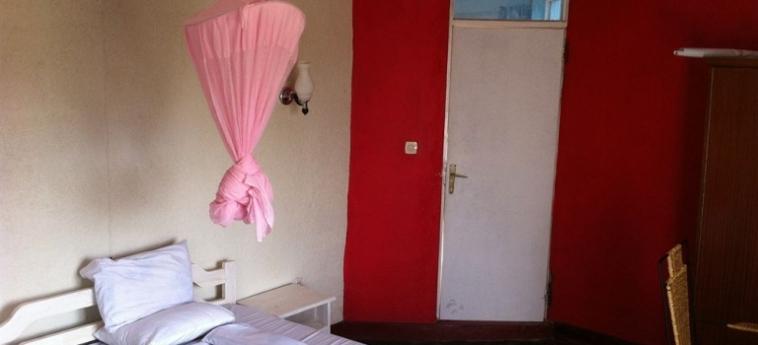 Discover Rwanda Youth Hostel: Schlafzimmer KIGALI