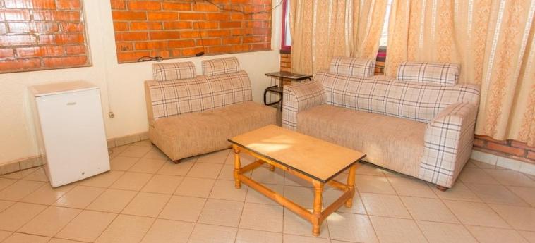 Hotel Heart Land: Wohnzimmer KIGALI