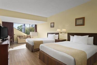 Hotel Thriftlodge Kingston: Camera Matrimoniale/Doppia KINGSTON - ONTARIO