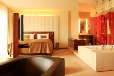 Seepark Hotel - Congress & Spa: Habitacion Suite KLAGENFURT