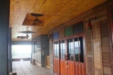 Hotel Sea Rock Resort: Parcheggio KOH PHANGAN