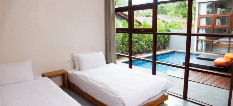 Floral Hotel Pool Villa Koh Samui: Chambre jumeau KOH SAMUI
