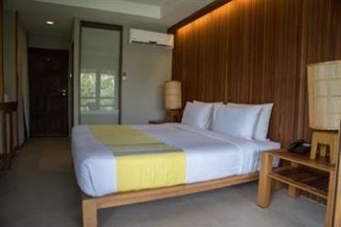 Hotel Beach Club By Haadtien: Bathroom - Suite KOH TAO