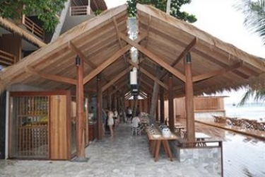 Hotel Beach Club By Haadtien: Folk KOH TAO