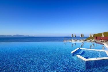 Hotel Michelangelo Resort & Spa: Piscine chauffée KOS