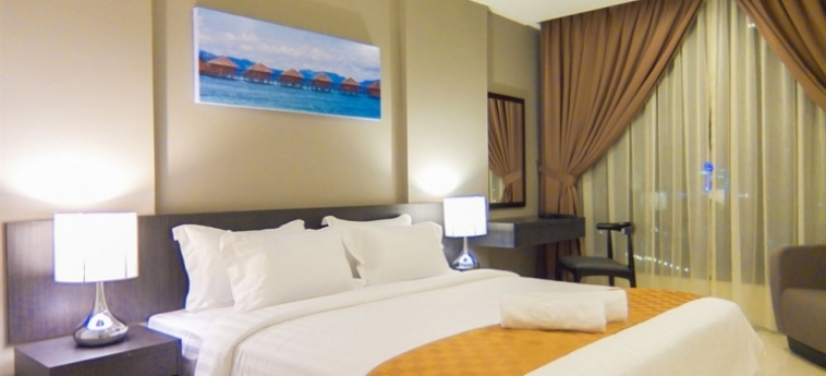 Sky Hotel Kota Kinabalu: Bunk-Bed Room KOTA KINABALU