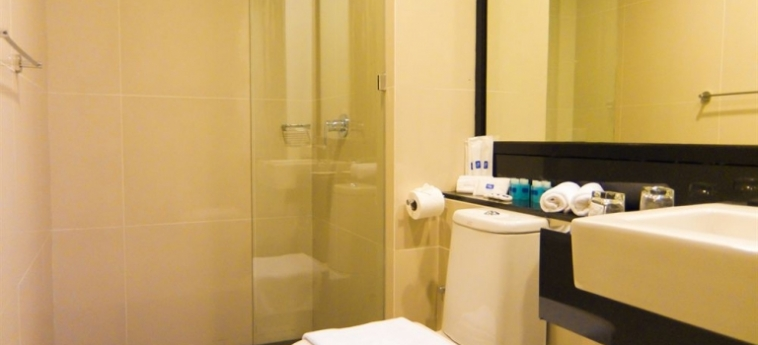 Sky Hotel Kota Kinabalu: Habitacion Comfort KOTA KINABALU