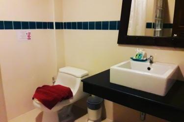 Hotel Baan Andaman Krabi: Badezimmer KRABI