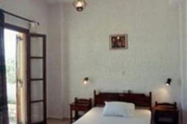 Hotel Filoxenia Villa: Außen Restaurant KRETA
