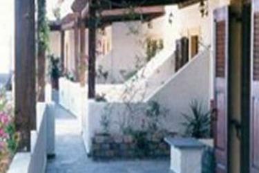 Hotel Filoxenia Villa: Parkplatz KRETA